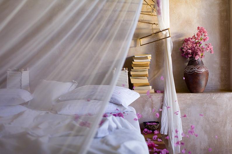 casa-de-areia-flowersuite-bed