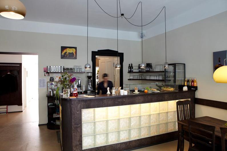 huttenpalast-cafe