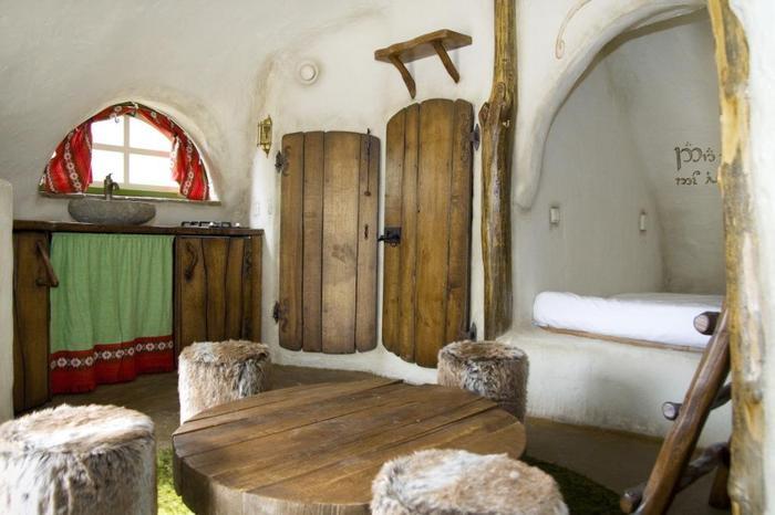 slapen in een hobbithuisje