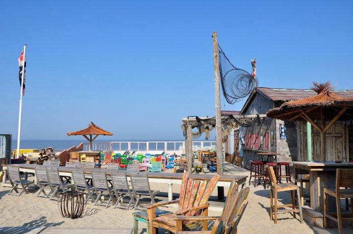 De leukste Nederlandse strandtenten met een werelds sfeertje