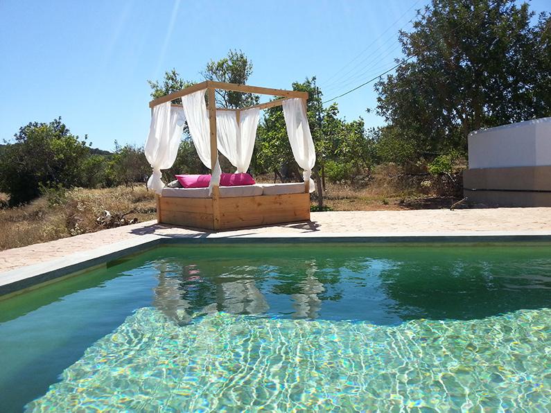 finca-Ibiza-nederlanders-zwembad