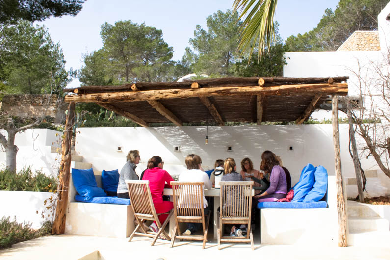 happy detox retreat ibiza