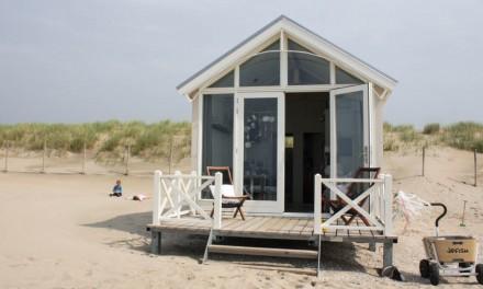 Haagse strandhuisjes: slapen aan zee