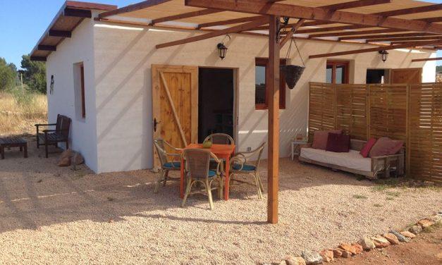 Leuke studio's met zwembad op Ibiza