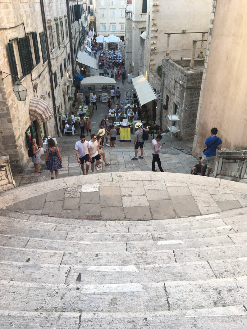 game of thrones dubrovnik shame trap